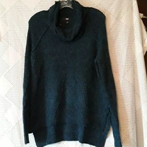 Mossimo lightweight sweater.